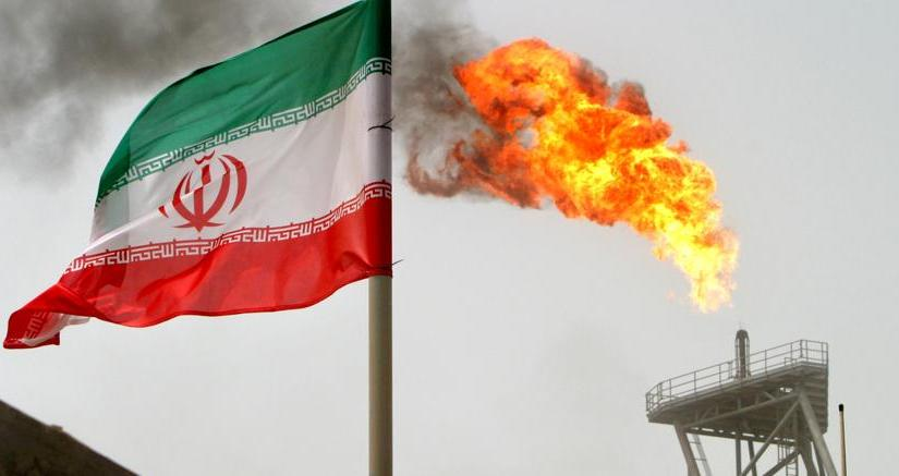 Iran says despite U.S. sanctions, it has found new 'potential' oil buyers