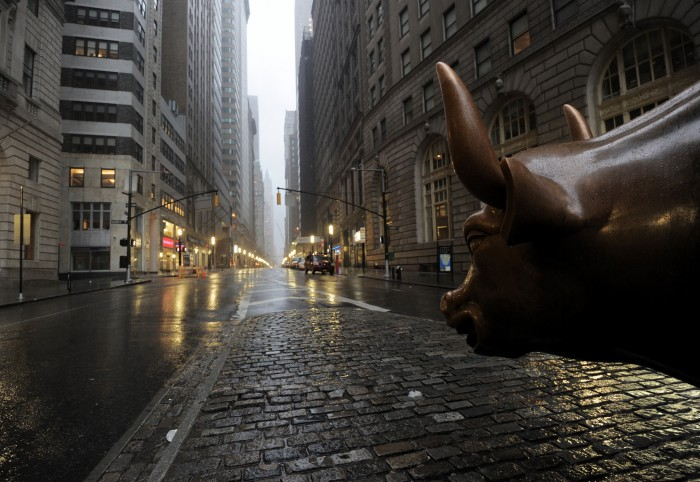 Pandemic Fears Grip Wall Street